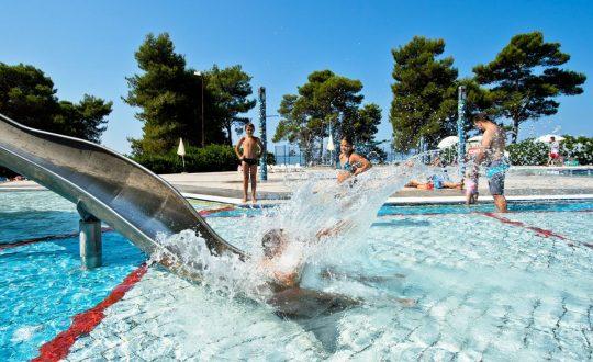 Zaton Holiday Resort - Lodgetent.nl