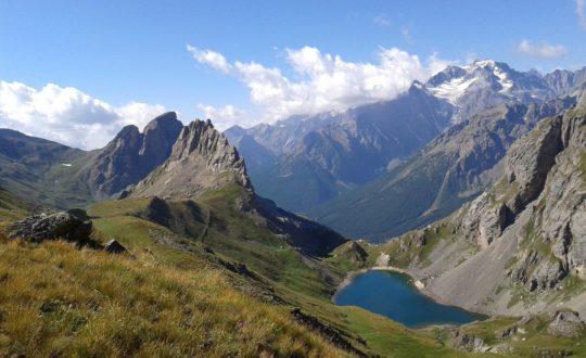 De mooiste campings met een lodgetent in de Franse Alpen