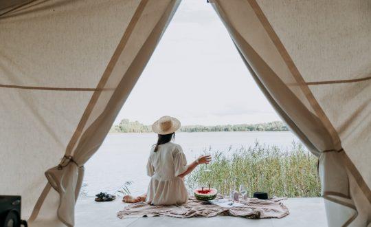 Wat kamperen in een lodgetent zo leuk maakt